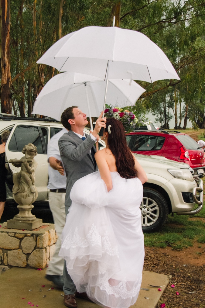 real-wedding_florence-guest-farm_dust-and-dreams-photography-59