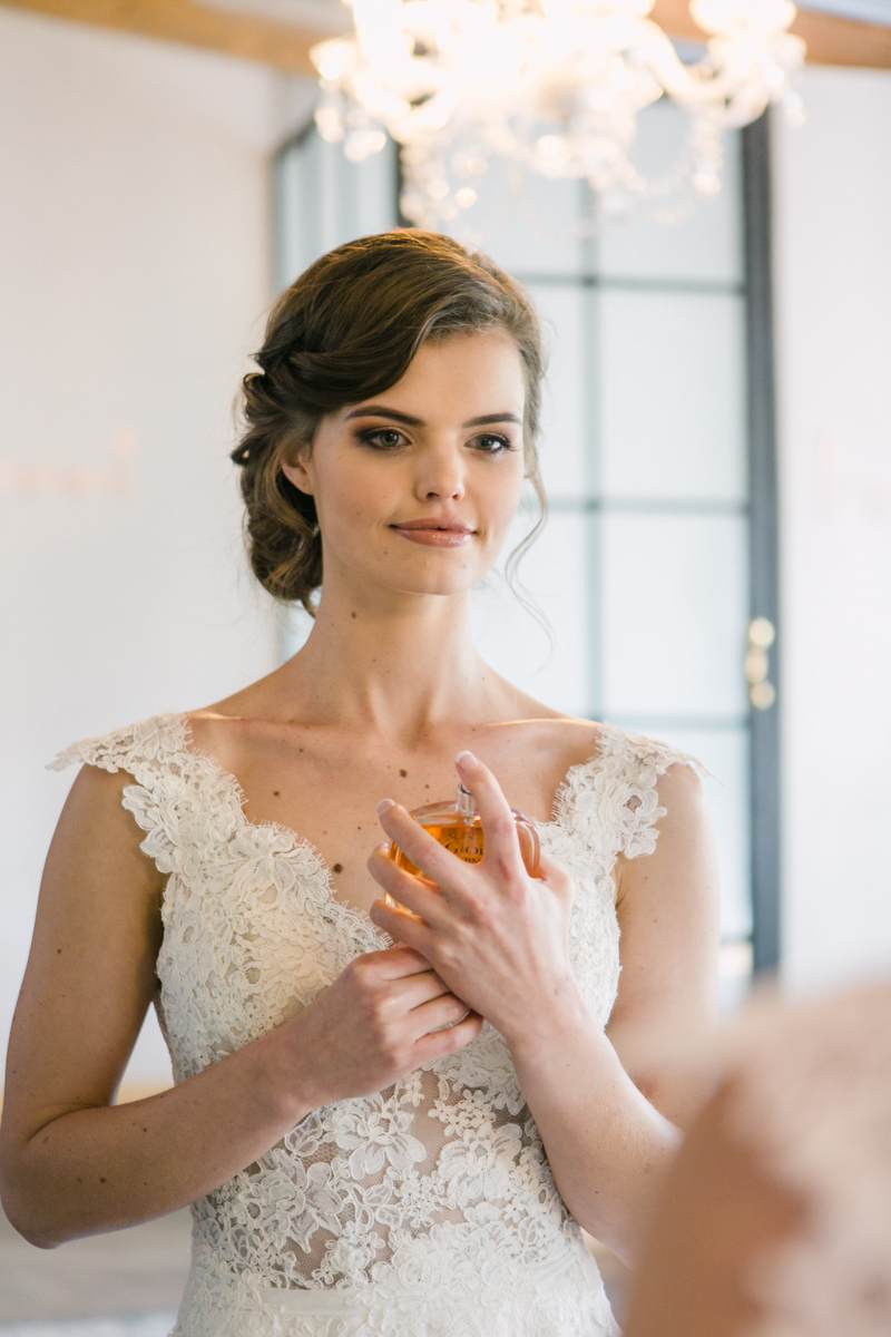 Dust and Dreams Photography _ Lace on Timber Spring Wedding