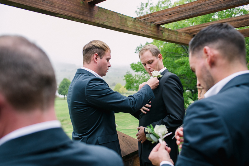 Dust-and-Dreams-Photography_Walkersons-Hotel-and-Spa-Groom-Style