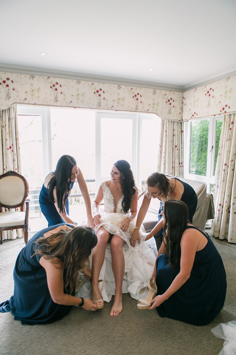 Dust-and-Dreams-Photography_Walkersons-Hotel-and-Spa-Bridesmaids