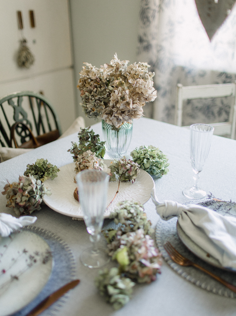 Dust-and-Dreams-Photography_Lifestyle-Feast-Slow-Living-Floral Arrangements