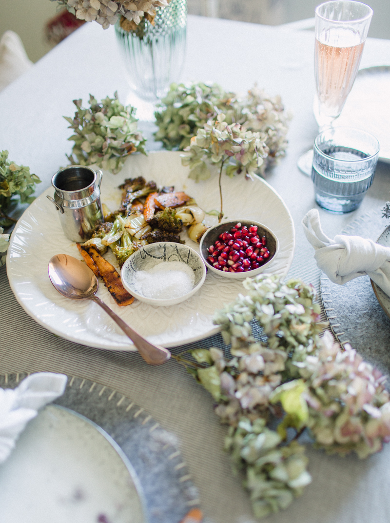 Dust-and-Dreams-Photography_Lifestyle-Feast-Slow-Living-Together-Table