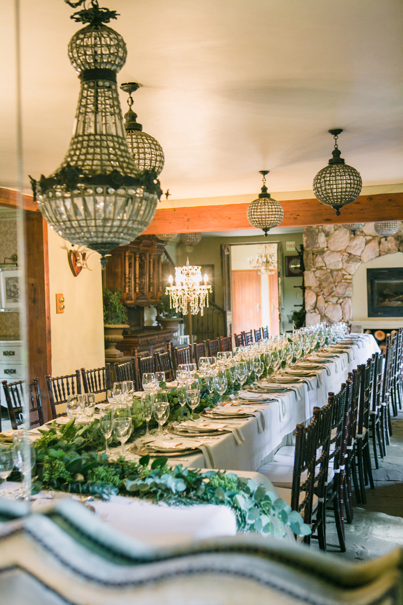Dust-and-Dreams-Photography_Morrells-Boutique-Estate-Wedding-Tablescape